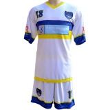 uniforme esportivo de futebol